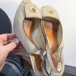 Vintage COACH Dori Heels Size 10 B Nude